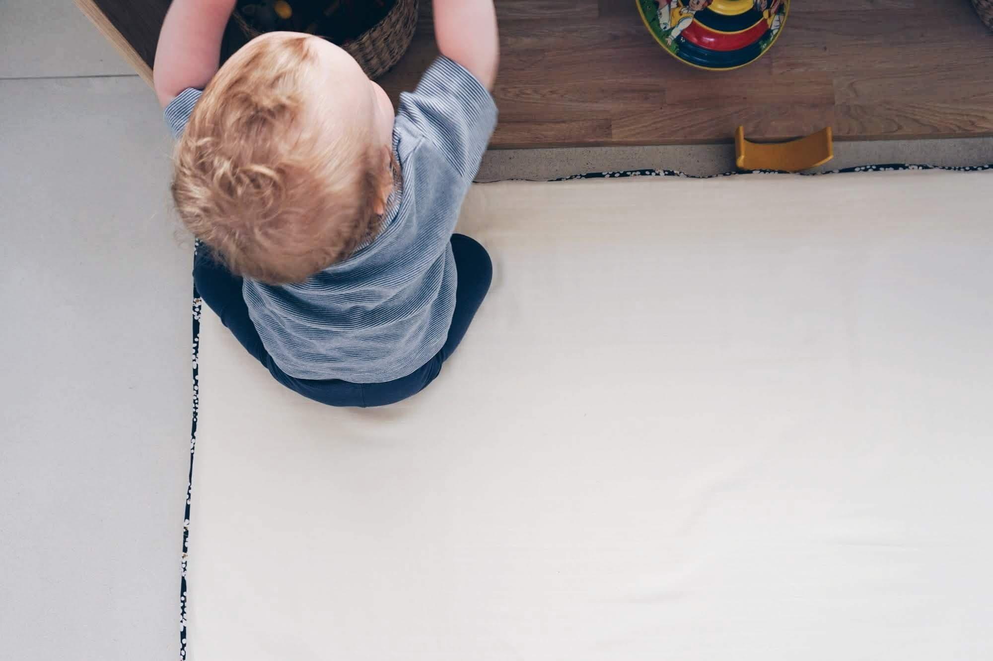 Aménagement coin éveil bébé Montessori